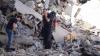 Cutremur în Italia: Salvatorii au săpat cu mâinile pentru a scoate un câine de sub ruine (VIDEO)