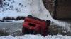 Accident teribil în Tatarstan! O şoferiţă ghinionistă a căzut cu maşina în râu