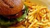 OMS: Copiii, tot mai des influențați de publicitatea care promovează alimentele nesănătoase