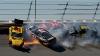 Accidente SPECTACULOASE în NASCAR! Maşina lui Martin Truex a luat foc
