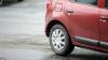 REVOLTĂTOR: Cum şi-au parcat automobilele doi şoferi din Capitală (FOTO)