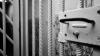 Cele 17 persoane învinuite în dosarul licitaţiilor trucate în educaţie rămân în arest