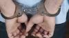 Doi tineri din Cahul au fost reținuți după ce au bătut, în plină stradă, un bărbat (VIDEO)
