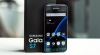 Samsung ar putea lansa un Galaxy S7 asemănător iPhone 7 Jet Black