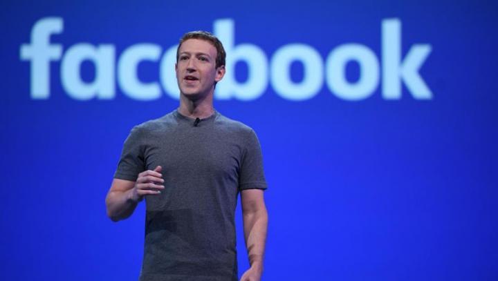 Mark Zuckerberg: E o nebunie să spui că Facebook l-a ajutat pe Trump să câştige