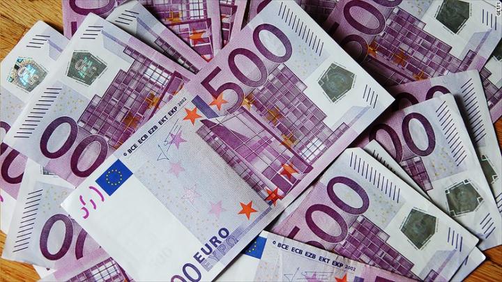 Fiscul francez va plăti informatorii care denunţă cazuri de fraudă