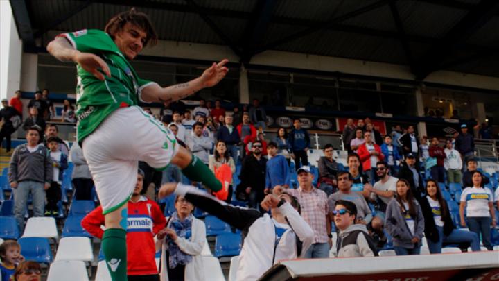 Scandal în Primera Division din Chile: Un fotbalist, ARESTAT după ce a agresat un microbist (VIDEO)