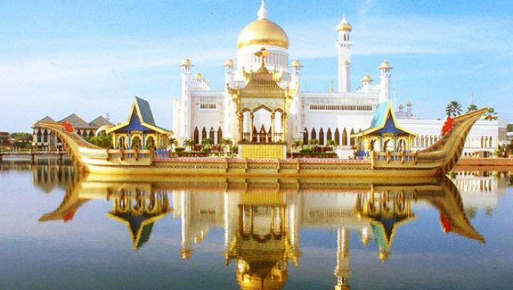 Top 10 cele mai spectaculoase şi mari reşedinţe din lume. Sunt cele mai frumoase case (FOTO)