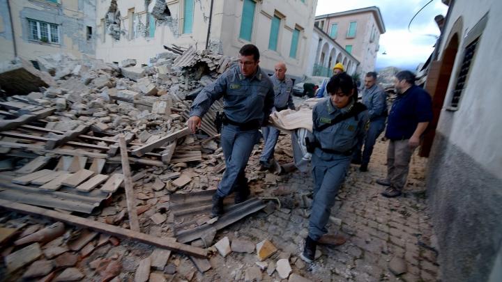 Specialiştii avertizează: URMEAZĂ UN CUTREMUR MAI PUTERNIC decât cel din Italia
