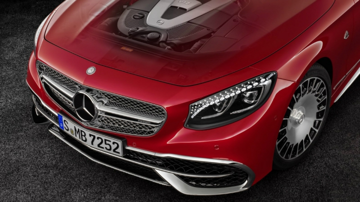 Mercedes-Maybach S650 Cabriolet. Decapotabila cu cristale Swarovski în faruri