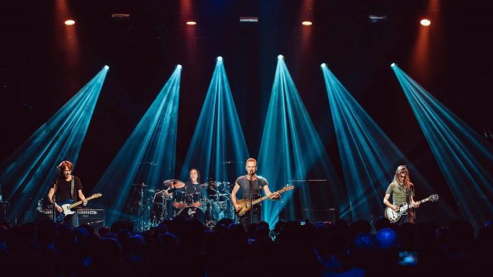MOTIVUL pentru care membri ai trupei Eagles of Death Metal nu au fost lăsaţi să intre la concertul lui Sting de la Bataclan