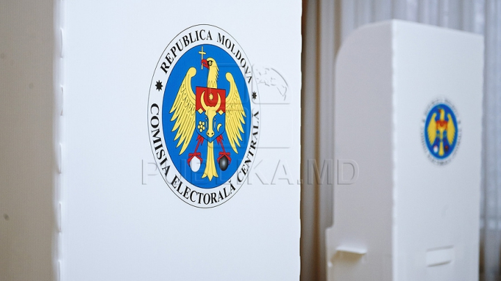 ALEGERI PREZIDENŢIALE: Cetăţenii moldoveni pot vota în 11 secţii din România