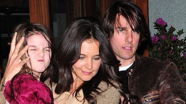 SUMĂ EXORBITANTĂ! Fiica cuplului Katie Holmes şi Tom Cruise are o garderobă de 3 milioane de dolari
