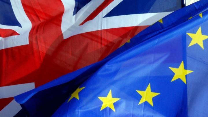 Brexit: Investitorii încep să îşi piardă încrederea în Marea Britanie