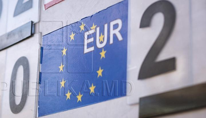 CURS VALUTAR 17 februarie: Leul moldovenesc se apreciază în raport cu moneda unică europeană
