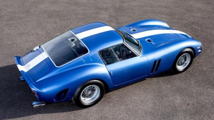 Cea mai scumpă mașină din istorie, la licitație. COSTĂ PESTE UN MILIARD DE LEI