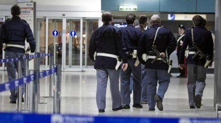 O moldoveancă, ARESTATĂ pe aeroportul din Verona! Care este MOTIVUL