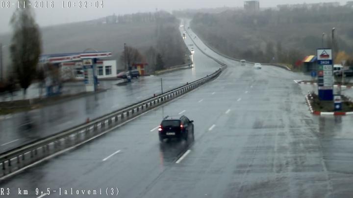 COD GALBEN de ploi în ţară! Cum se circulă pe traseele naţionale (FOTO)