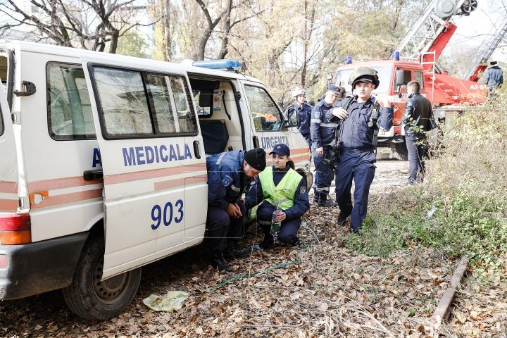INCENDIUL DEVASTATOR din sectorul Ciocana a fost LICHIDAT după 31 de ore. O femeie este încă DISPĂRUTĂ