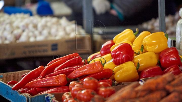 STUDIU: Dieta săracă în fructe şi legume poate contribui la decese asociate AVC şi bolilor de inimă