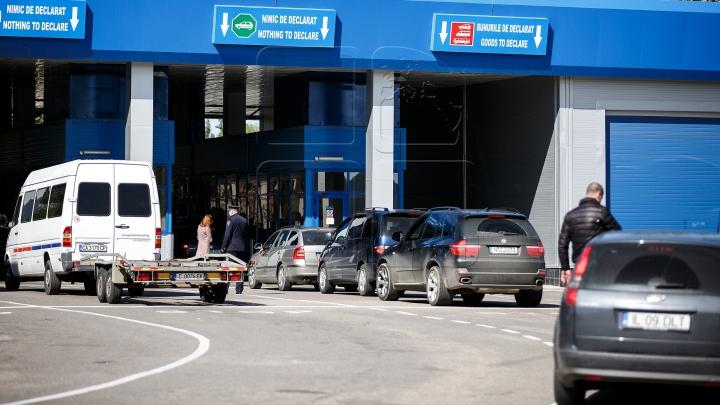 Alte 10 persoane, REŢINUTE la Punctele de trecere a frontierei Leuşeni şi Sculeni