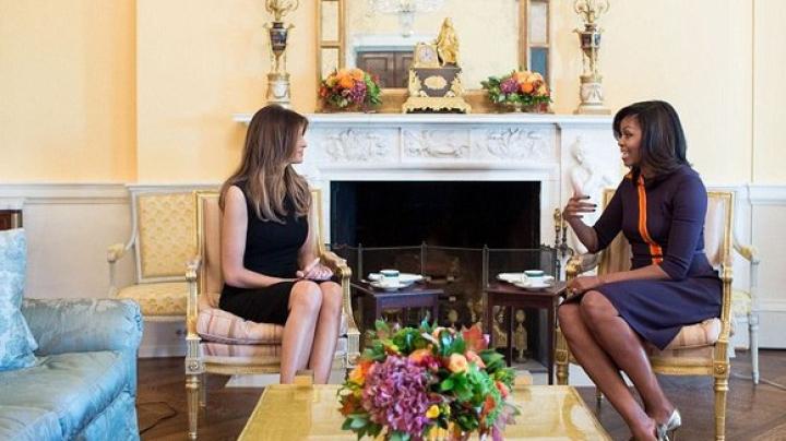 Întâlnirea dintre Michelle Obama și Melania Trump, ținta ironiilor internauților