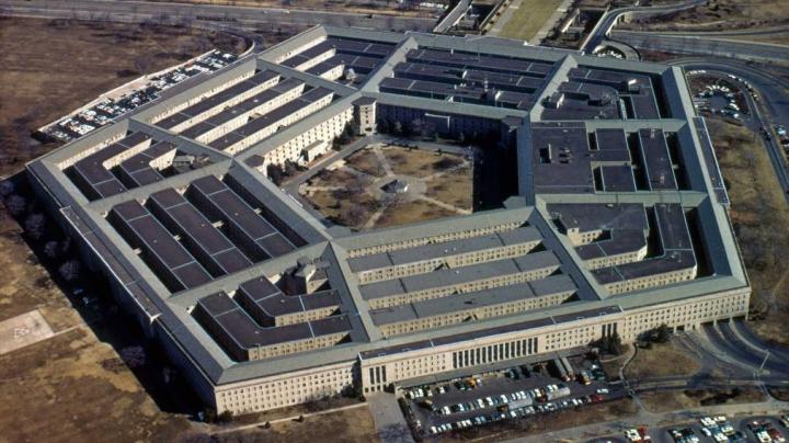 Pentagon: SUA continuă întărirea prezenţei militare în Europa, indiferent de intenţiile lui Donald Trump
