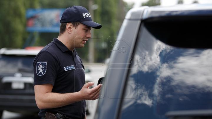 ATENŢIE! Radare şi mașini-capcană pe drumurile din țară. Şoferii vor fi AMENDAŢI DRASTIC dacă fac ASTA