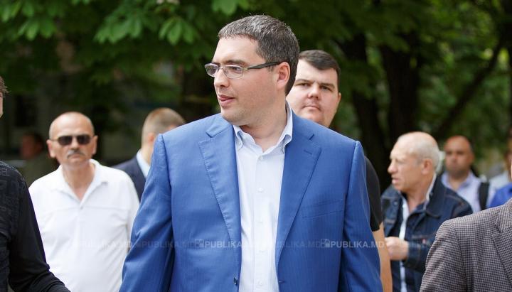 Renato Usatîi rămâne în CĂUTARE INTERNAȚIONALĂ! Ce se va întâmpla, când va fi REȚINUT