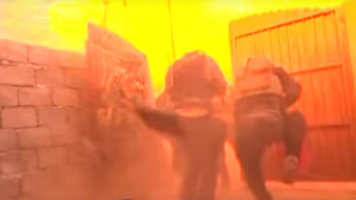 VIDEO ŞOCANT! MOMENTUL în care o maşină-capcană EXPLODEAZĂ, filmat de jurnaliştii de la BBC