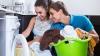 Util pentru femei: Cum să motivezi bărbatul să te ajute în gospodărie