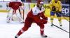 Jucătorul echipei Vancouver Canucks, Philip Larsen a fost scos de pe gheaţă cu targa