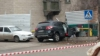 ACCIDENT GRAV în Capitală: Un șofer a intrat cu mașina într-o țeavă de gaze. Pompierii, la fața locului (FOTO)