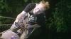 Povestea bărbatului care a trăit un an în junglă. Azi este unul dintre cei mai cunoscuţi regizori