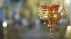 """O aplicație de """"aprins"""" lumânări la biserică de la distanță face furori pe Internet"""