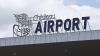 Aeroportul Chişinău are o nouă faţă: În zona sosiri a fost montat un perete video imens