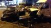 Accident violent pe strada Grenoble: Un autoturism a intrat din plin într-un microbuz de rută (FOTO)