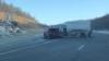 Poleiul produce pagube! Un microbuz şi un automobil s-au ciocnit violent pe traseul Bălţi - Chişinău