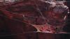 Zeci de amatori de Base Jumping şi-au dat întâlnire în deşertul Utah pentru a sări de la înălţimi înspăimântătoare