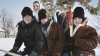 Tradiţii păstrate în satele Moldovei: Cete de flăcăi colindă din casă în casă şi vestesc Naşterea Domnului