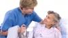 Sute de bătrâni din nordul ţării beneficiază de servicii gratuite de îngrijire la domiciliu