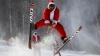 PUBLIKA WORLD: Priveliște NEOBIȘNUITĂ! Zeci de Moși Crăciuni au dat buzna pe o pistă de ski (VIDEO)
