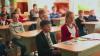 ATÂT DE ROMANTIC şi EMOȚIONANT! Dorinţa unei eleve din Ciuciuleni a devenit realitate datorită colegului ei (VIDEO)