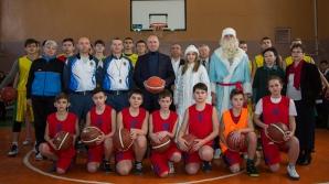 Premierul Pavel Filip, în vizită la copiii talentați din Dondușeni și Drochia (FOTO)