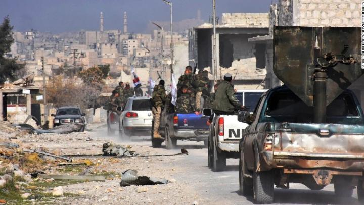 Rebelii au stabilit un acord cu guvernul sirian pentru evacuarea civililor din estul oraşului Alep
