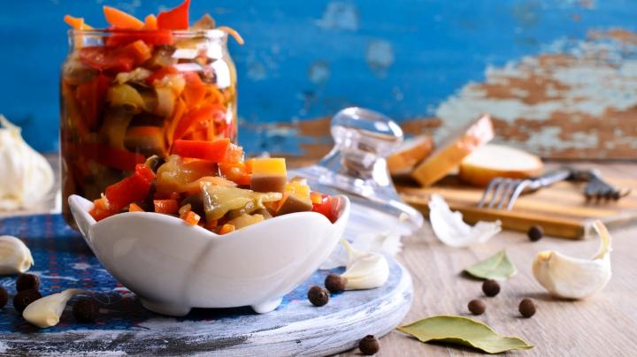 BINE DE ŞTIUT! 10 legume şi fructe pe care nu ştiai că le poţi mura