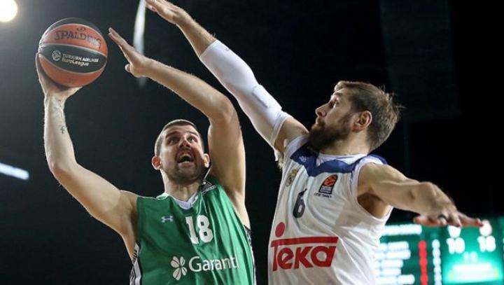 Victorie surprinzătoare în Euroliga de Baschet. Darüşşafaka Doguș a devastat-o pe favorita Real Madrid (VIDEO)