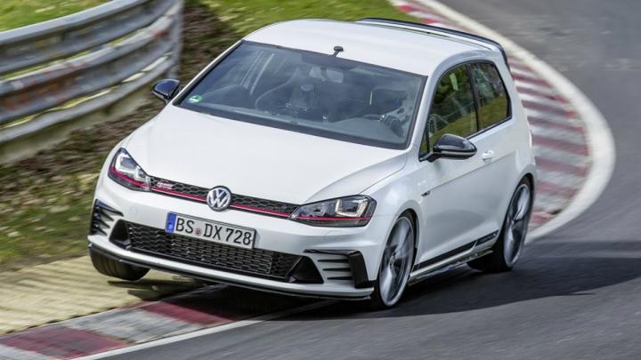 ŞI-A BĂTUT RECORDUL! Cea mai rapidă mașină cu tracțiune față pe Nurburgring uimeşte din nou (VIDEO)