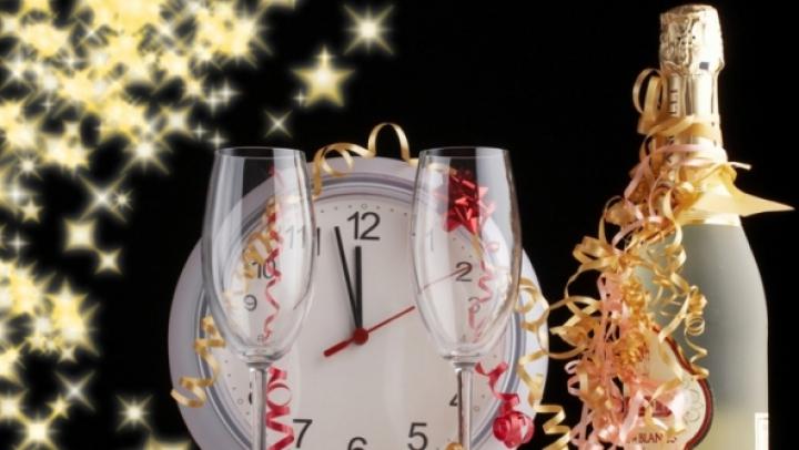 ŢINE MINTE! Ce se face în Noaptea de Anul Nou ca să atragi iubirea