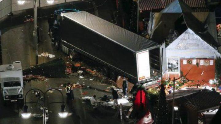 Angela Merkel, devastată după ATACUL SÂNGEROS de la Berlin: SUNTEM ÎN DOLIU